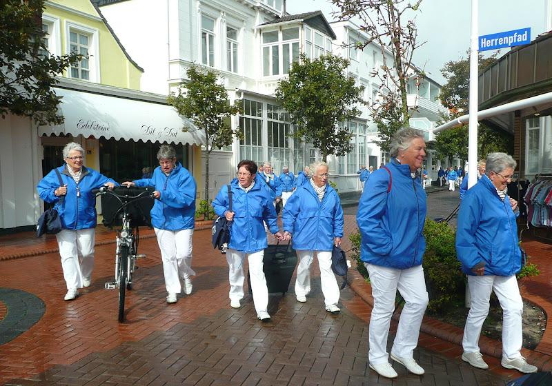 De blauwe jasjes van de Waddenwichter