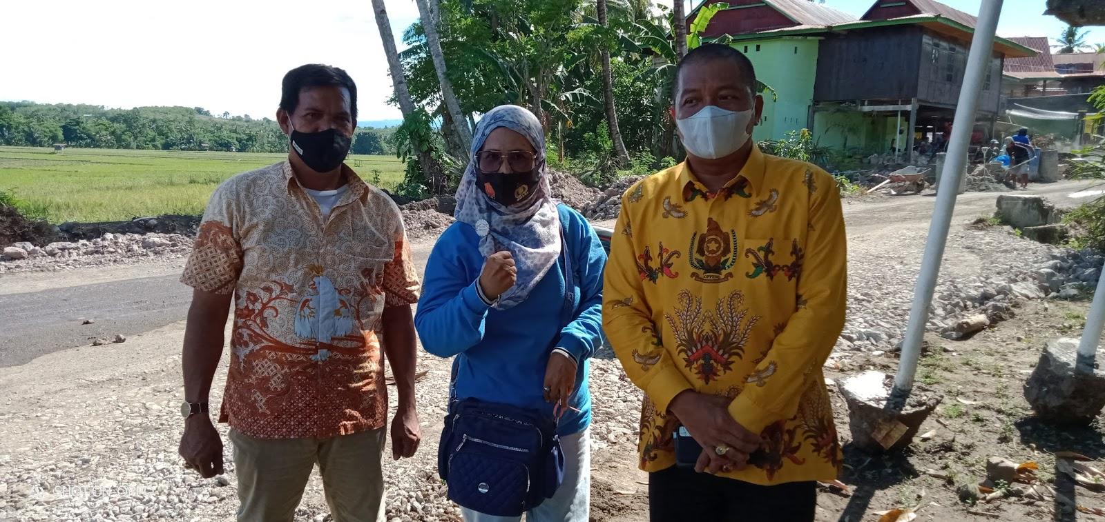 Pjs Bupati Soppeng Meninjau Progres Pekerjaan Jalan yang Ada di Lejja