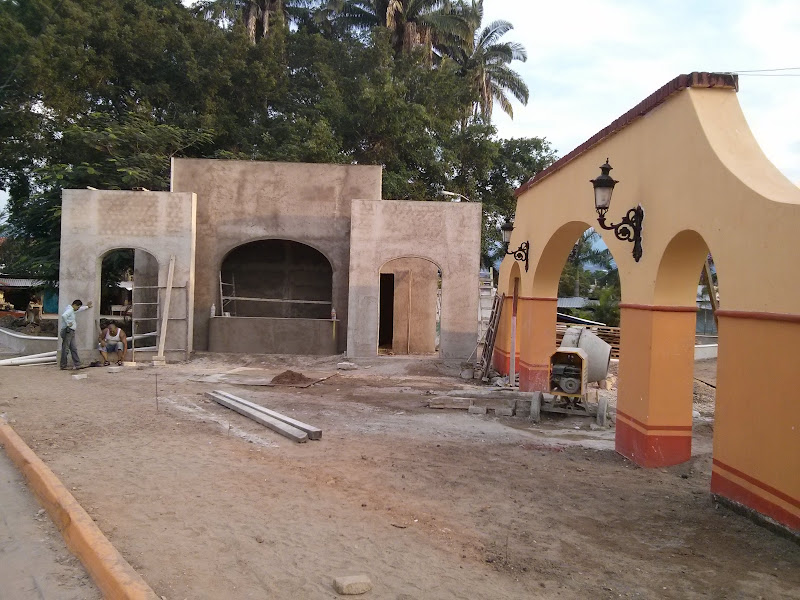 Guayabitos Plaza Renovation