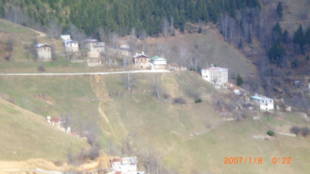 yukarı mahalle camii