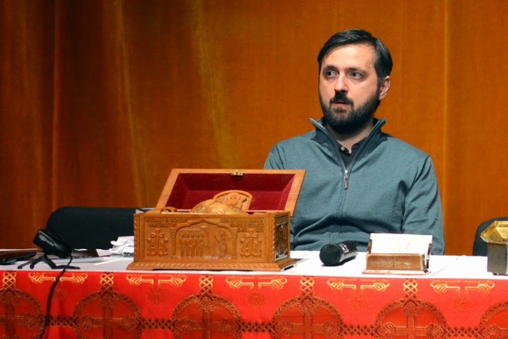 038 Avva Justin Parvu si Sfintii inchisorilor (Teatrul Luceafarul, Iasi, 2014.03.19)