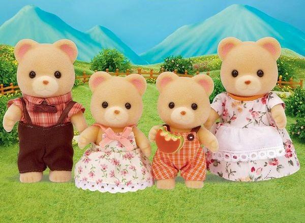 Bé tha hồ nhập vai và chơi đùa với bộ đồ chơi Gia đình nhà gấu 4 người Bear Family 3150