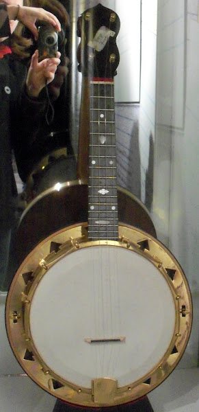 Dallas type E Banjolele (owned by John Lennon)