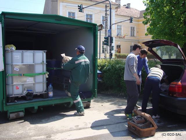 Campania de colectare a deseurilor periculoase din deseuri menajere MAI 2011 - DSC09510.JPG