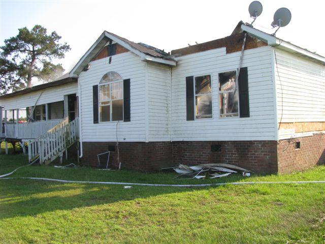 House fire Lynchburg Rd Mutual Aid to Williamsburg Co. Fire 026.jpg
