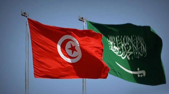 تعرب تونس عن إدانتها واستنكارها الشديدين للاعتداءات المتكررة والمتواصلة التي تستهدف المناطق السكنية بالمملكة العربية السعودية الشقيقة، والمنشآت المدنية والحيوية للطاقة من خلال إطلاق الصواريخ الباليستية والطائرات المسيرة.  وتؤكد تونس أن هذا التصعيد الخطير يمثل تهديدا لأمن المملكة وسلامة أراضيها ومواطنيها والمقيمين بها وتقويضا لاستقرار المنطقة وخرقا للقوانين والأعراف الدولية.