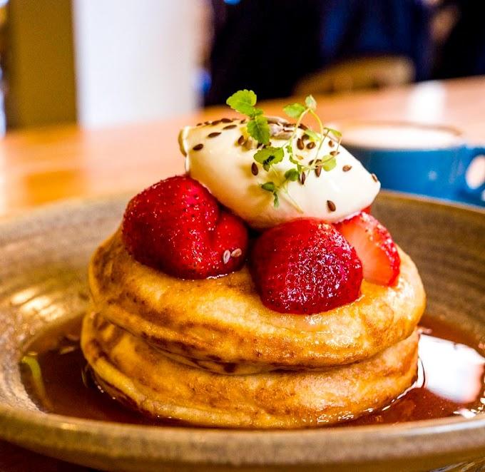 Strawberry and Cream Ricotta Hotcakes Recipe | Breakfast Care