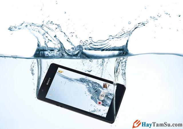 Nên làm gì khi Điện thoại cảm ứng rơi vào Nước