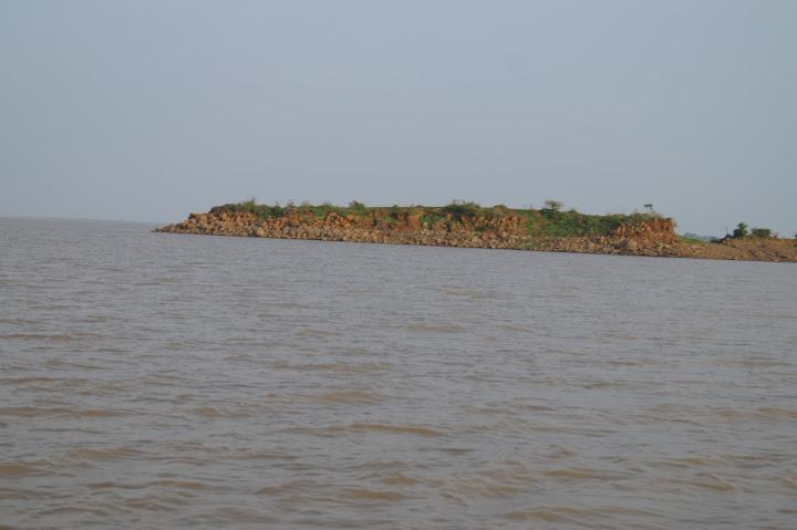 Omkareshwar and Hanmuntiya water resort - DSC06543.JPG