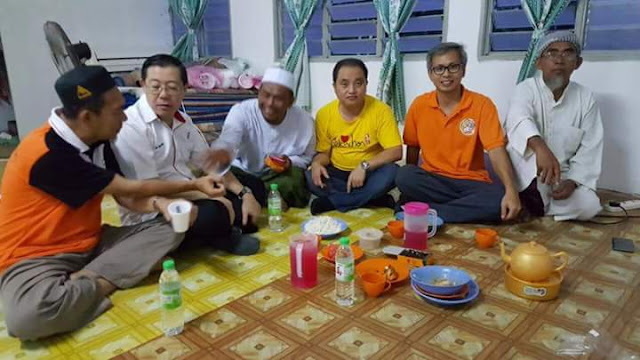 「Gambar Guan Eng berbuka puasa」的圖片搜尋結果