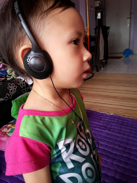 Headphone dan Anak-anak