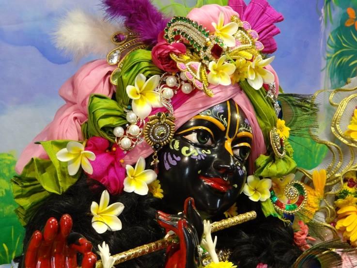 ISKCON Nigdi Deity Darshan 17 Dec 2015 (4)