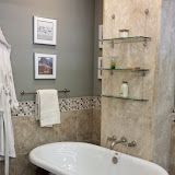 Bathrooms - 20140204_092902.jpg