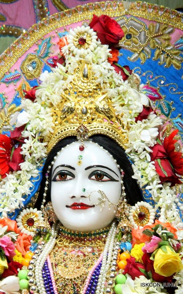 ISKCON Juhu Sringar Deity Darshan 10 Apr 16 (23)