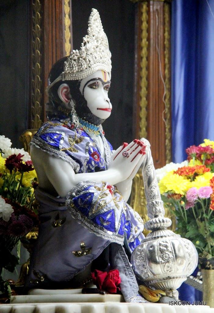 ISKCON Juhu Mangal Deity Darshan on 4th Aug 2016 (1)