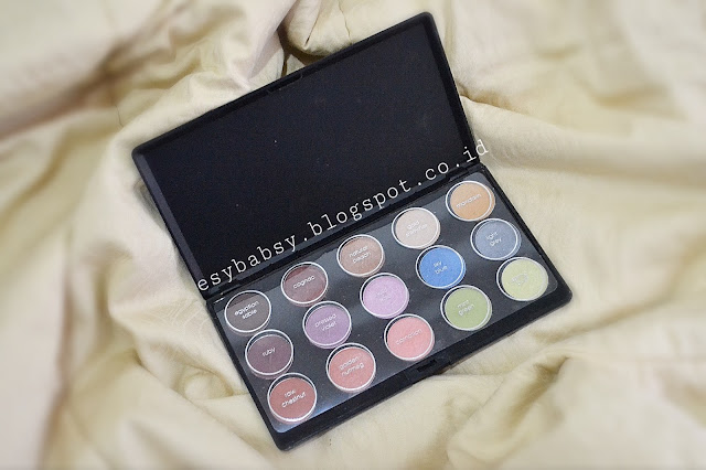 INEZ-NATURAL-COLOR-EYESHADOW-PALETTE-REVIEW-ESYBABSY