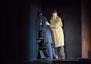 Photo: Wiener Kammeroper/ Theater an der Wien: RINALDO. Inszenierung Christiane Lutz. Premiere 4.12.2014. Vladimir Dmitruk, Tobias Greenhalgh. Foto-Copyright: Barbara Zeininger