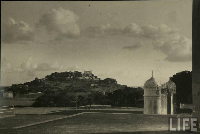 Hyderabad - Rare Pictures - 1golkonda.jpeg
