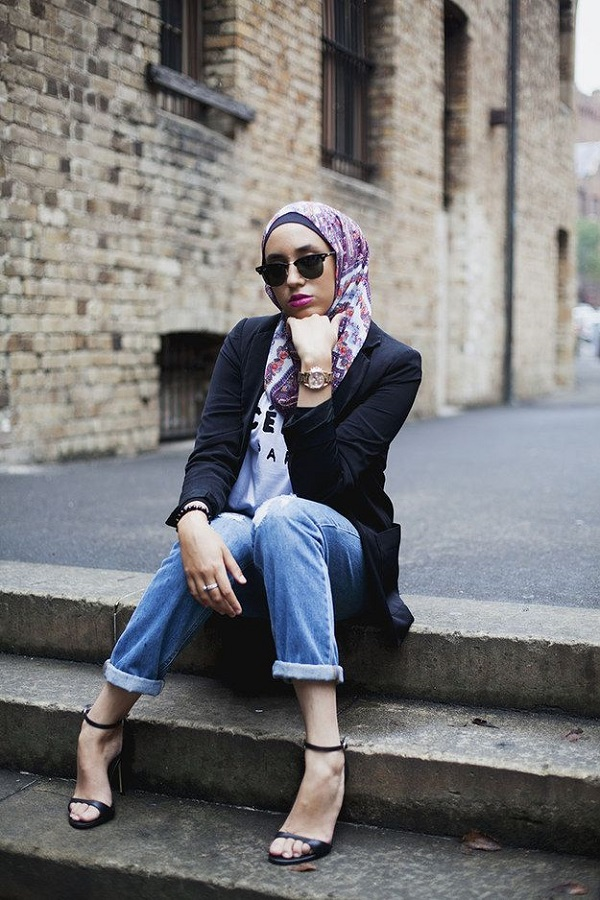 LATEST WOMEN CASUAL HIJAB STYLES WITH JEANS TRENDS 2017 ...