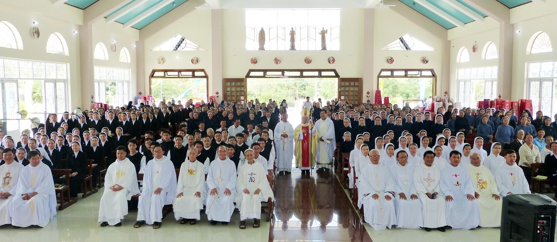 Giáo phận Nha Trang Bế mạc năm Đời Sống Thánh Hiến