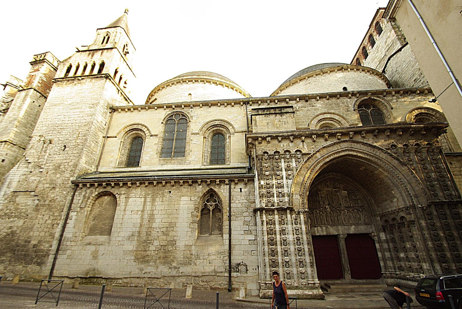 Cahors cath drale saint etienne art roman corse provence - Cathedrale saint etienne de cahors ...