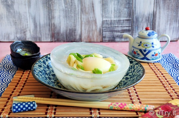 How to Make Ice Bowl Chilled Udon with Onsen Tamago (Hot Spring Egg) 冰鎮烏冬配温泉蛋   http://uTry.it