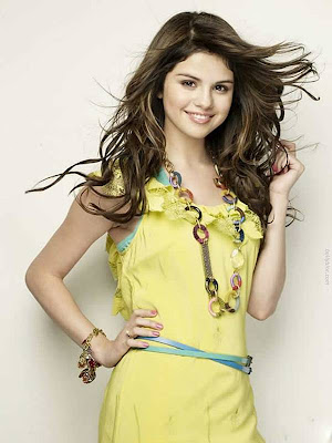 pretty selena gomez cliff watts actress pics