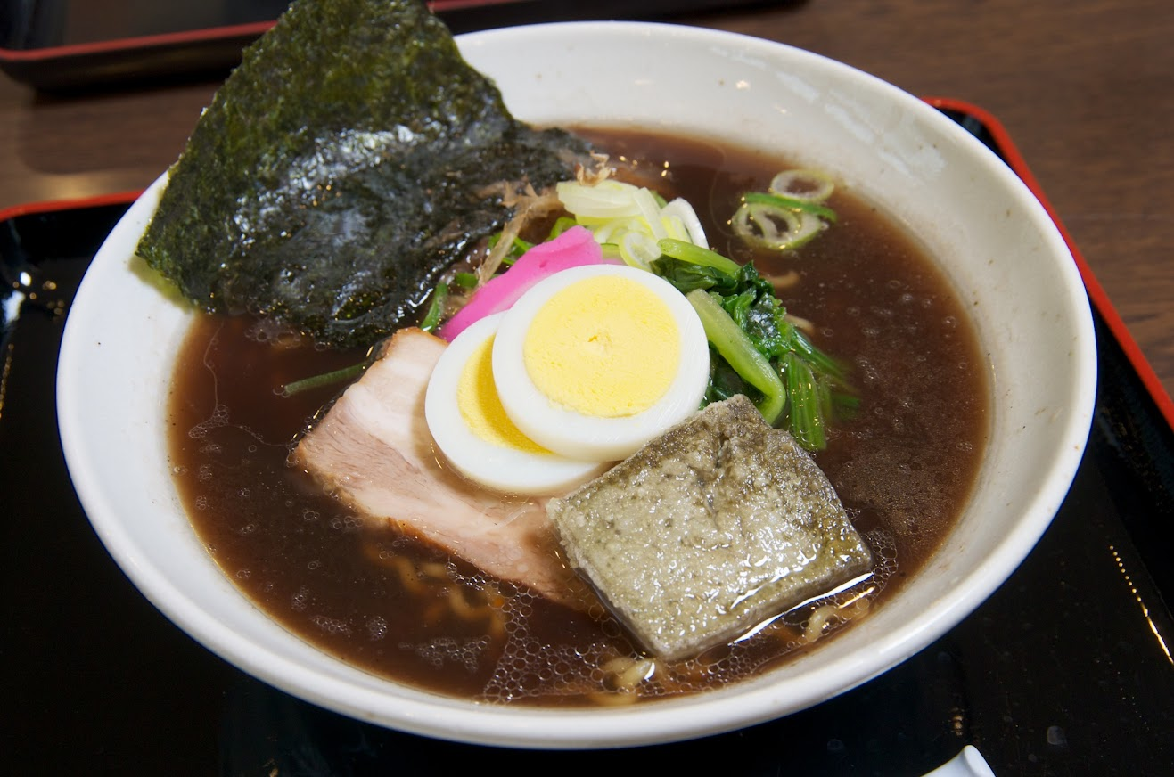 黒龍醤油麺