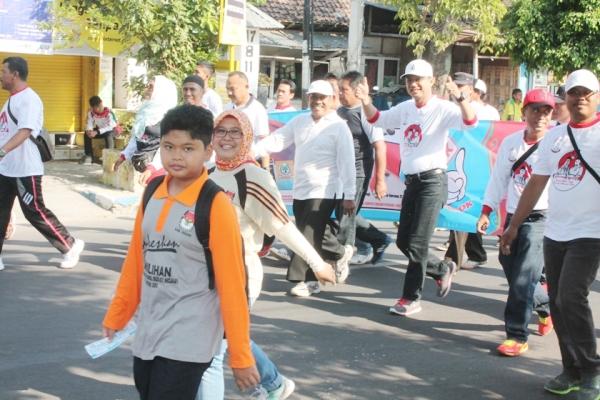 KPUD Kabupaten Ngawi: Louncing Kampanye damai bersama Paslon OK dan Abas