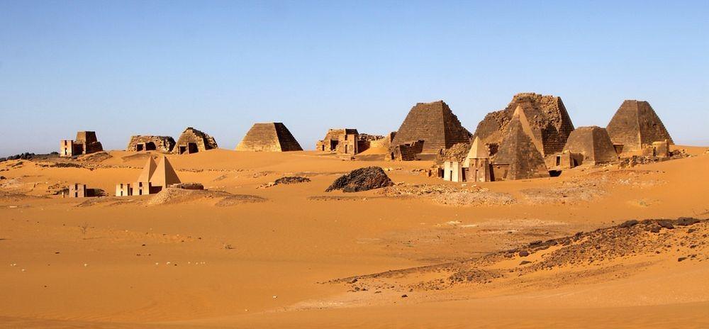 nubian-pyramids-4