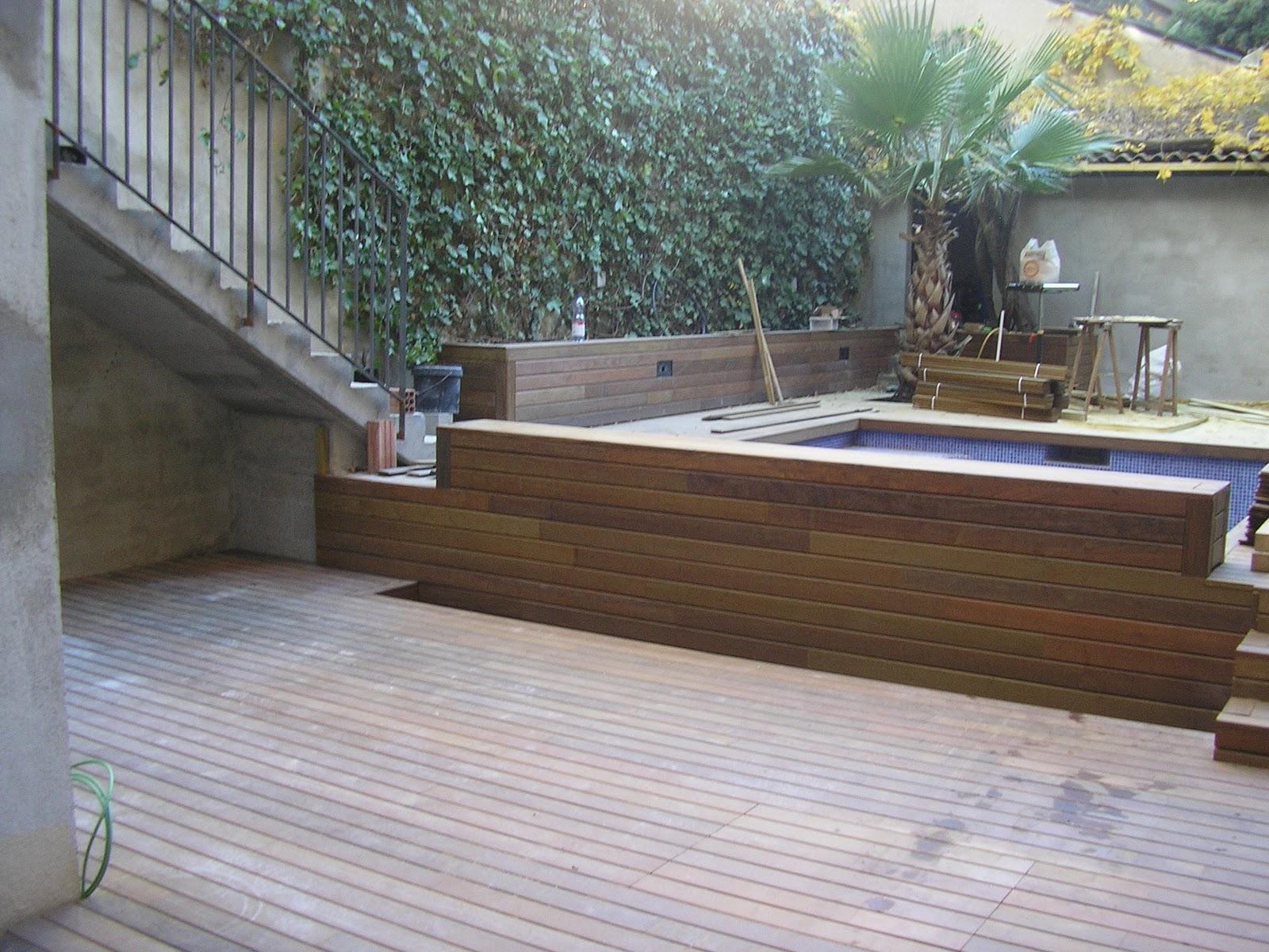 Decks pergolas y parquets flotante en rosario patio con for Patio chico con pileta