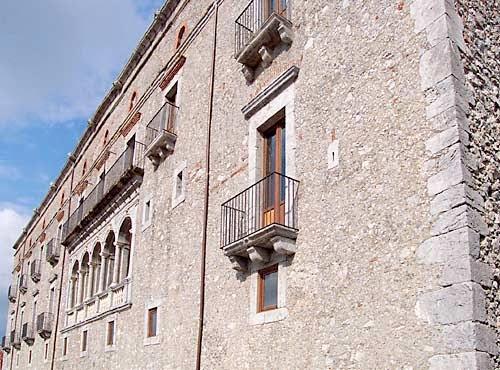 palazzo_L2.jpg