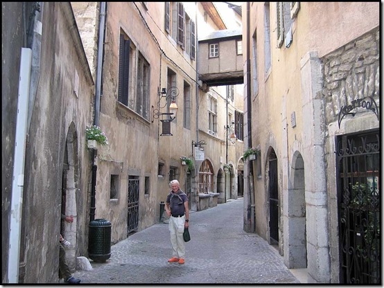81-Martin-in-Chambery's-ancient-streets