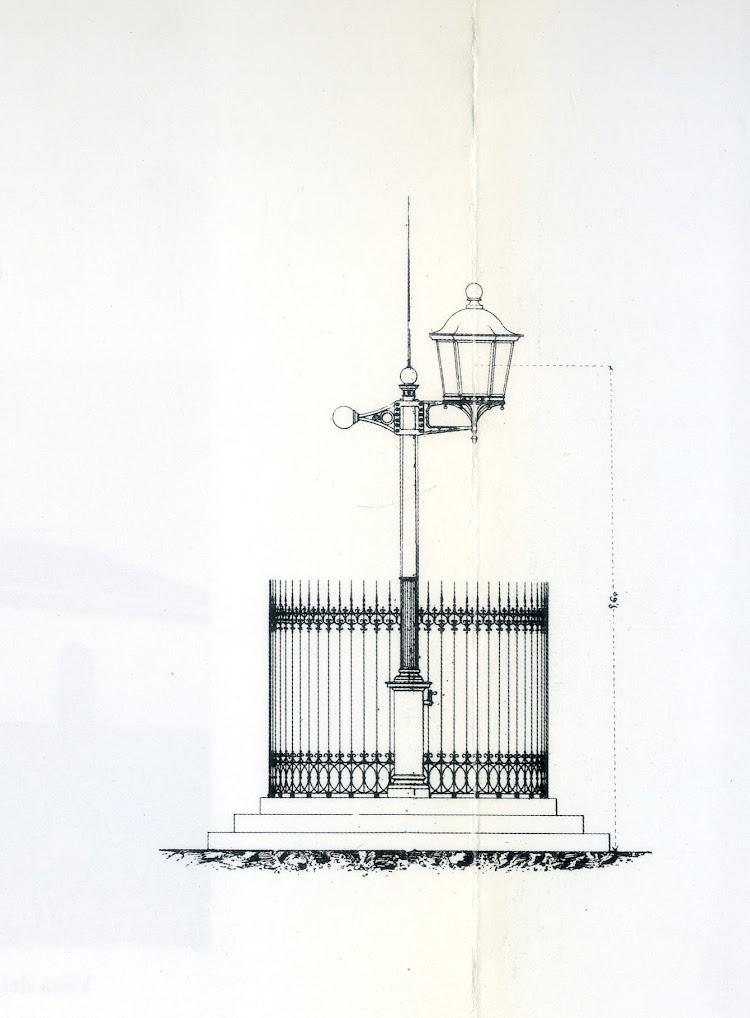 Farola primitiva del puerto de Vinaros. Del libro Faros Españoles del Mediterraneo.jpg