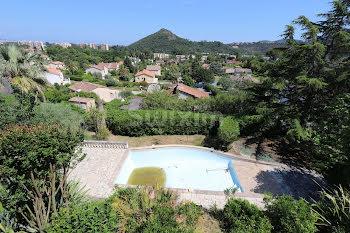 villa à Mandelieu-la-Napoule (06)