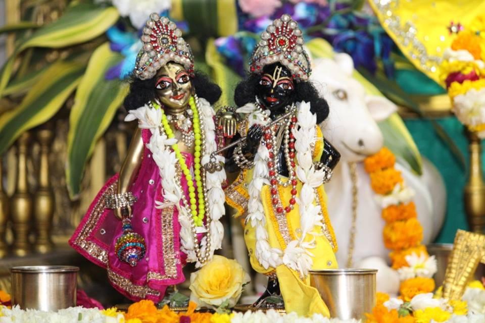 ISKCON Punjabi Bagh Deity Darshan 30 Mar 2016  (10)