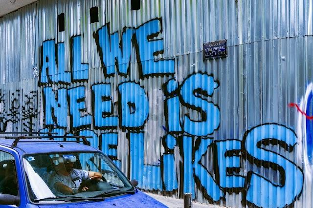 ¡Asaltemos Facebook y Twitter!