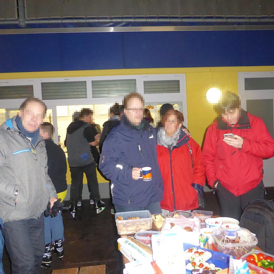 Picknick Oetker Eisbahn Bielefeld 29.01 (66).JPG