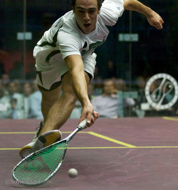 Ramy Ashour 2010 Showdown winner (Seth Packard photo)