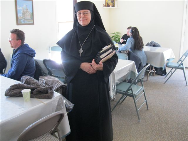 Mother Raphaela prepares to begin the retreat.