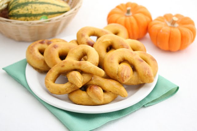 photo of soft pretzels on a plate