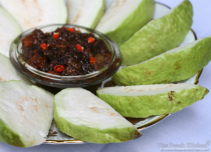 Crunchy Guava and Spicy Bagoong | www.thepeachkitchen.com