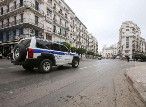 Argelia extiende hasta el 13 de junio el confinamiento por Covid-19 y excluye a 4 provincias de la medida entre ellas Tinduf