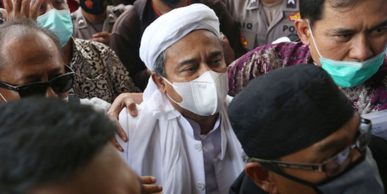 Setara Institute Ungkap Penurunan Baliho FPI Merupakan Keterlibatan TNI dalam Urusan Politik