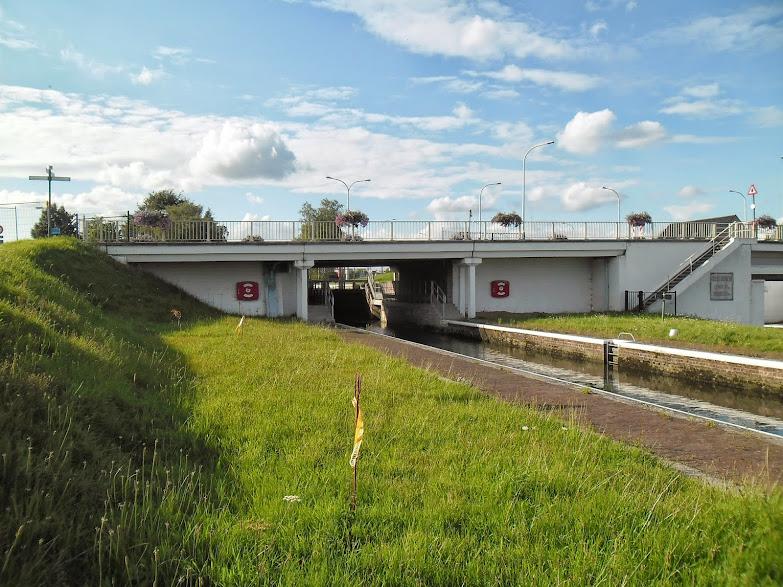 Canal Roulers-Lys (kanaal Roeselare-Leie -  Roeselaarse Vaart) fietssnelweg  F36 Ooigem%2B050