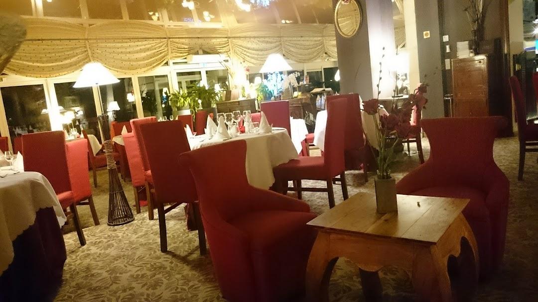 Auberge de l Ecluse - Restaurant français à Cours-les-Barres e2f11a0310f0