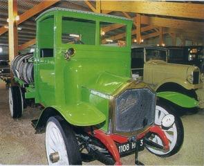 camion Luc Court H4 1910