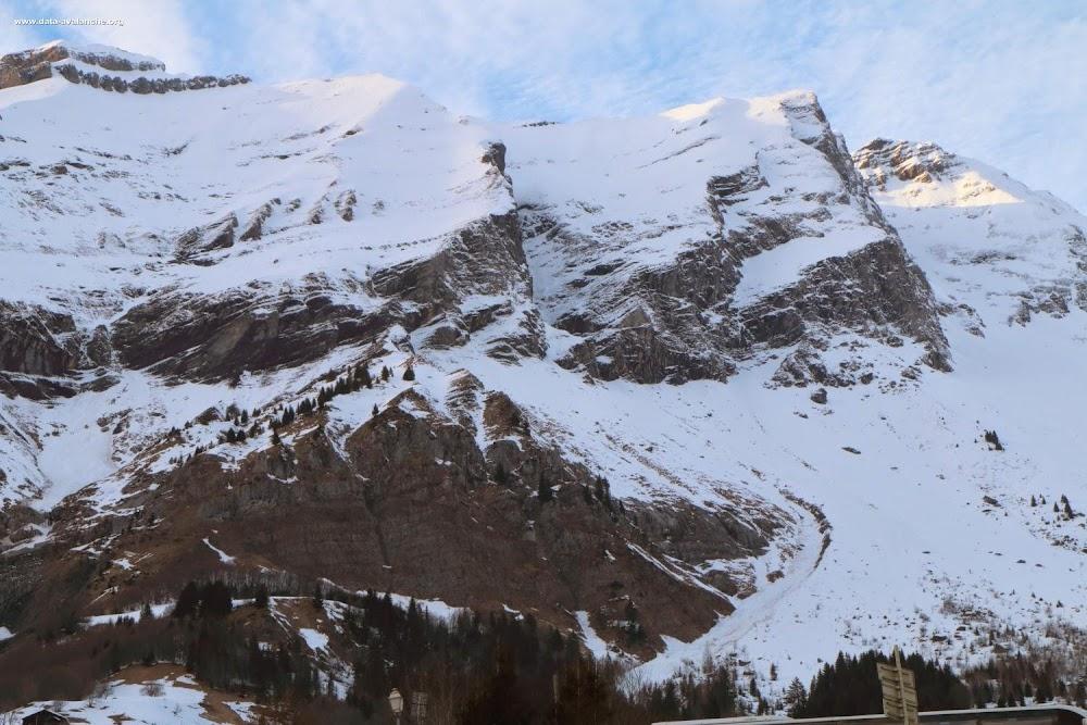 Avalanche Aravis, secteur Pointe des Verres, Ruisseau Noir - Photo 1