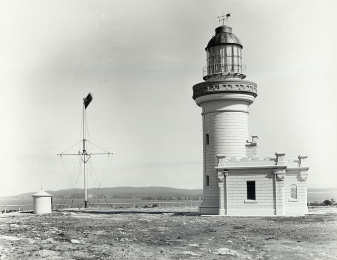 Point_Perpendicular_Lighthouse_1917