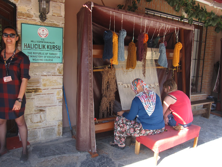 Weaving course in Turkey